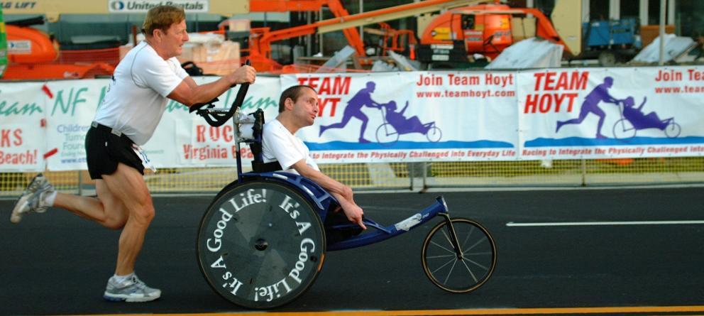 hoyt-team-la-increible-historia-del-padre-coraje-de-los-triatlones