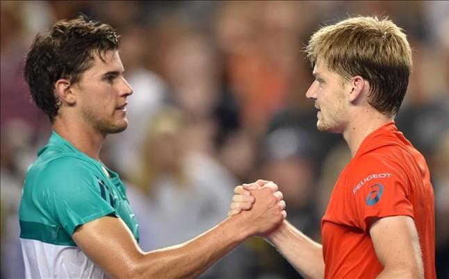 Saludo al final del partido entre Thiem y Goffin. Foto vía www.sport.es