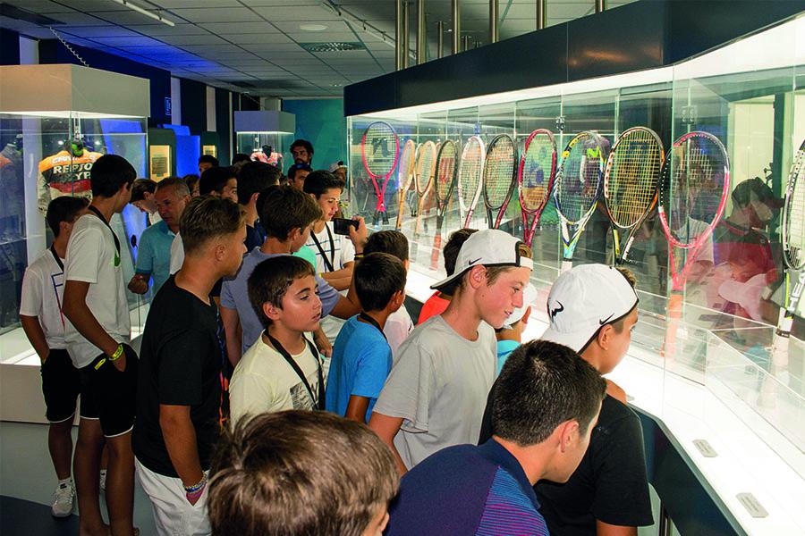 22-09-16-Mallorca-Visita-Museo-Sports-Xperience-Rafa-Nadal-Tour-by-MAPFRE-07